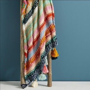ISO ANTHROPOLOGIE stitchplay throw 🌟
